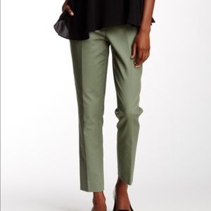 Vince Camuto sage zip front ankle pant, size 14